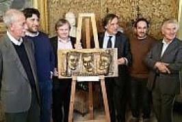 Palermo: Modugno e Franco & Ciccio, un bassorilievo in piazza