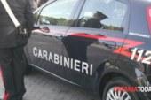 Ruba collane in una gioielleria ai Portali: arrestato 39enne