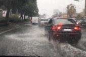 Acquazzone su Catania, strade allagata in varie zone della città
