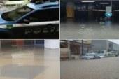 Strade allagate e tombini saltati   Emergenza maltempo a Siracusa