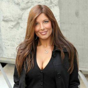 Polemiche sessiste, Selvaggia Lucarelli smaschera cyberbullo