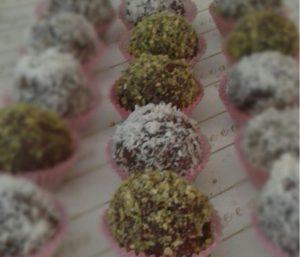 Praline di cioccolato e soia al pistacchio, dolcezza light