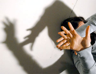 Violenta minorenne sull'autobus, arrestato autista 62enne