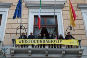 Palermo, Palazzo delle Aquile espone striscione: #IOSTOCONGABRIELE