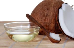Combattere la cellulite con l'olio di cocco, sei metodi naturali