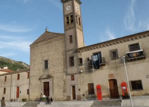 Rubano le offerte in chiesa a Caltavuturo, denunciati due giovani