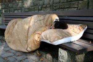 Fondi comunali per i più deboli, apre un nuovo dormitorio
