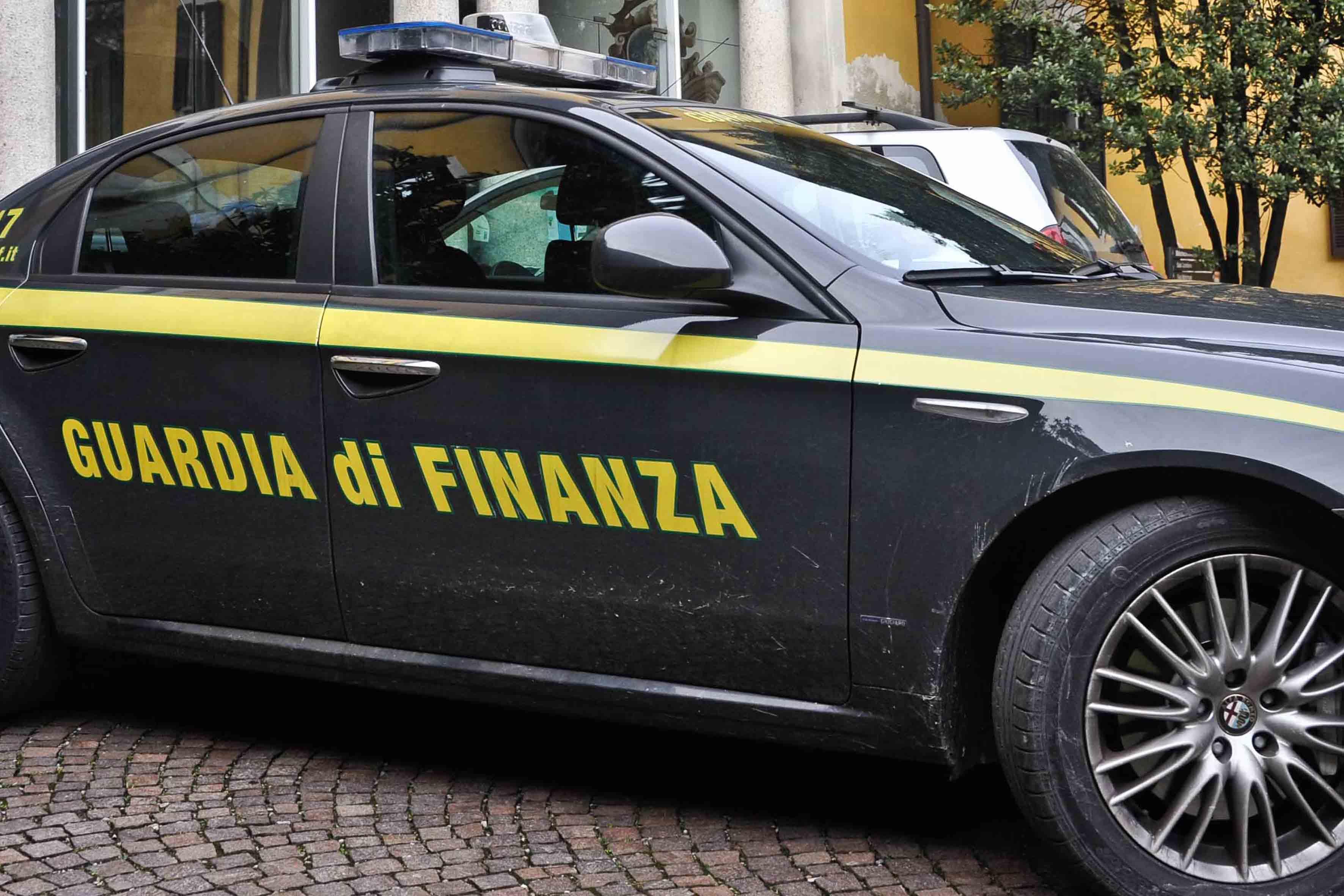 La guardia di finanza in Sicilia smaschera 218 evasori totali