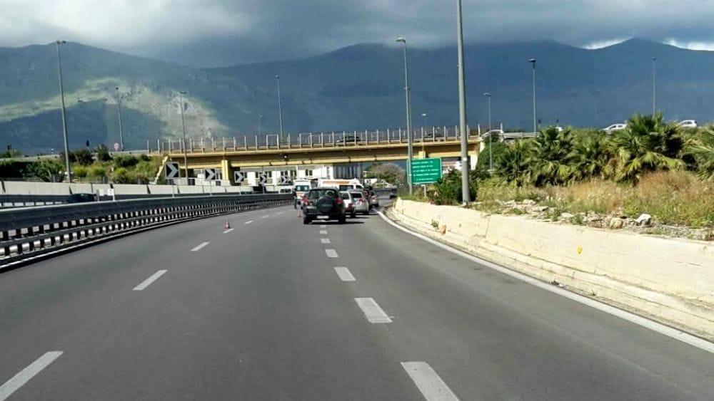 Schianto mortale sulla A29 vicino Palermo: una vittima, fermi per 6 ore