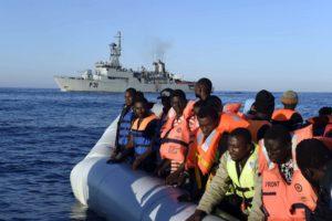 Interventi umanitari nel Mediterraneo, summit di esperti