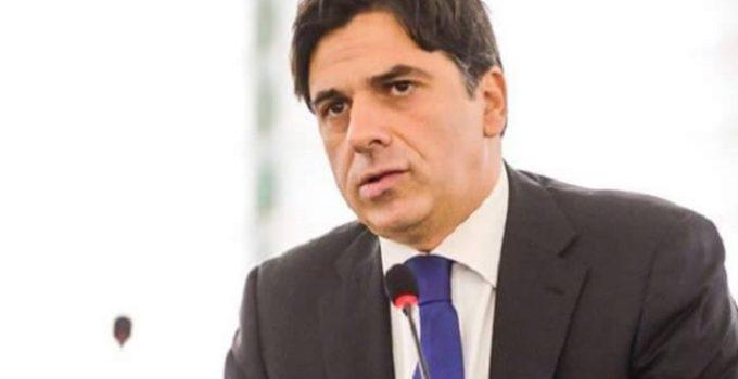 Sindaco Catania a rischio dimissioni