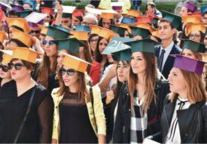 """""""Graduation Day"""": laureati Unipa in corteo per la Kalsa"""