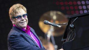 Startup: Elton John investe sull'intellingenza artificiale di Qloo