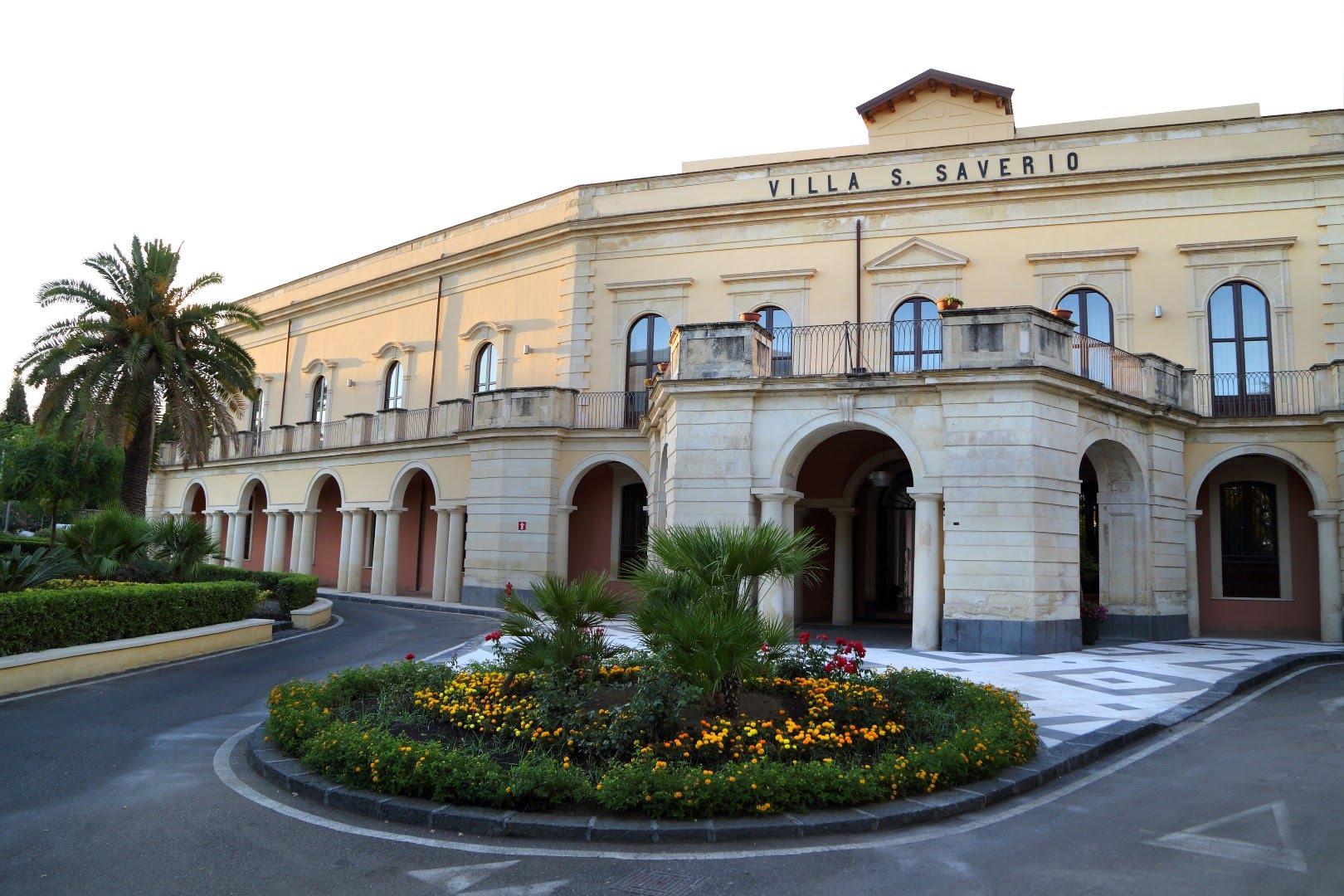 Luca parmitano e roberto battiston alla scuola superiore for Scuola superiore moda milano