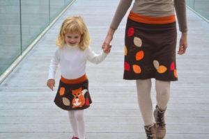 MiniME: ecco l'ultimo trend del momento, mamme e figlie vestite uguali