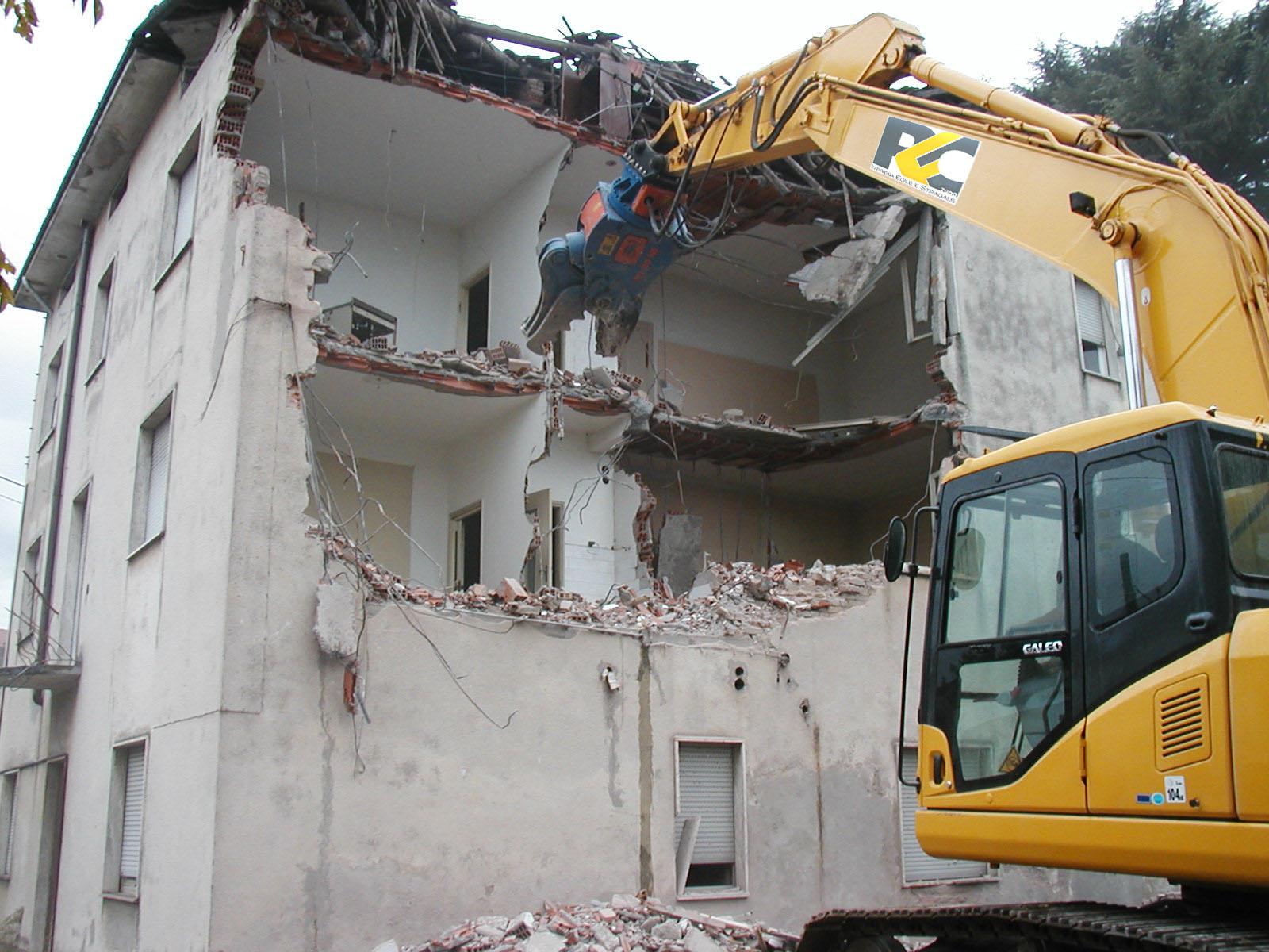 Awesome licata tar blocca la demolizione di una casa for Piani di casa di new orleans