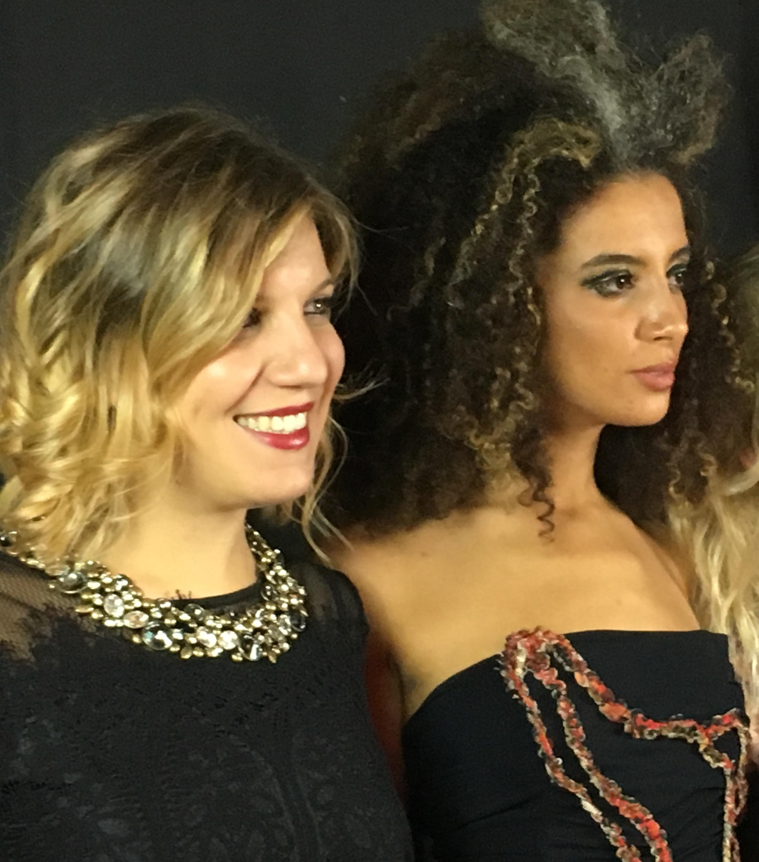 Aurora con una modella a Milano