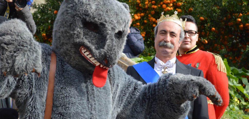 Sfilata dell'orso e della corte principesca