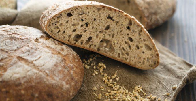Pane con grani antichi