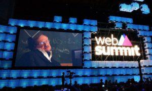 """Web Summit, Stephen Hawking: """"Avete il potere di superare i confini"""""""