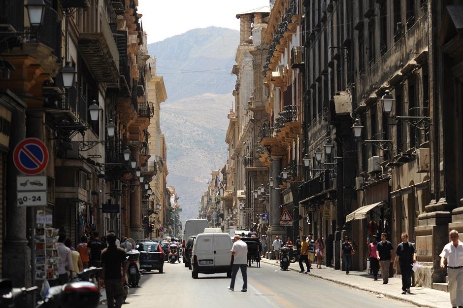 Controllo edifici a Palermo