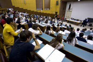 Dodici borse di studio UniPa in memoria dell'on. Riccardo Piccione