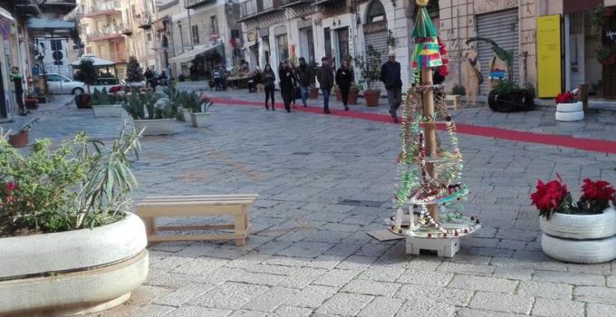 Piazza Aragona senza auto