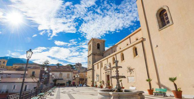 Castroreale in gara per il Borgo dei Borghi 2018