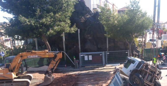 Camion sprofonda a Catania