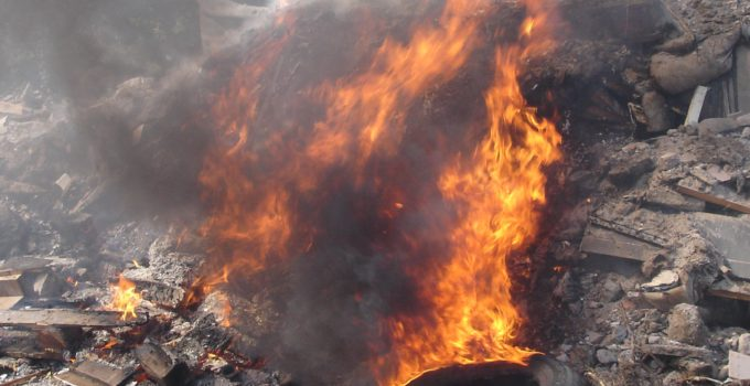incendi campi rom