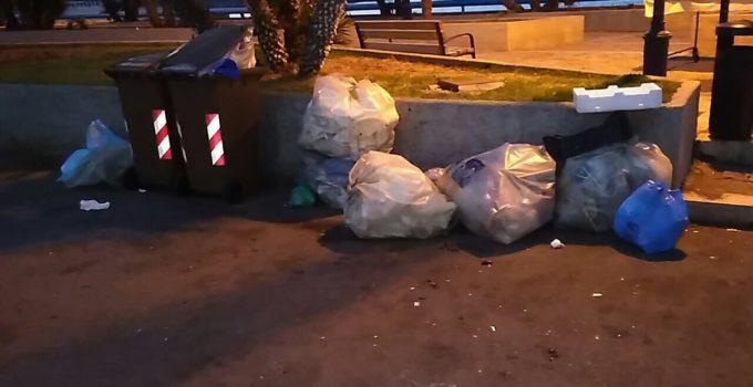 Emergenza rifiuti a Sferracavallo