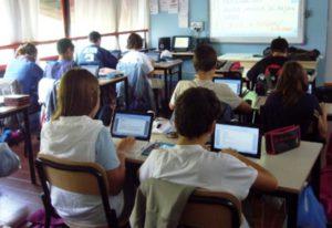 Prove Invalsi terza media, solo un computer ogni 2-3 alunni
