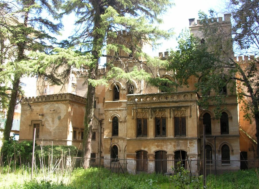 Villa Alliata Pietratagliata all'asta