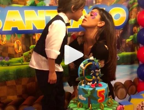 Belén festeggia compleanno di Santiago
