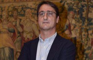 """Claudio Fava: """"Su calendario scuola, Lagalla ascolti operatori"""""""