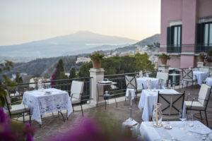 Taormina: apre Otto Geleng, ma solo per 100 giorni