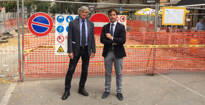 Cantieri fermi in via Roma