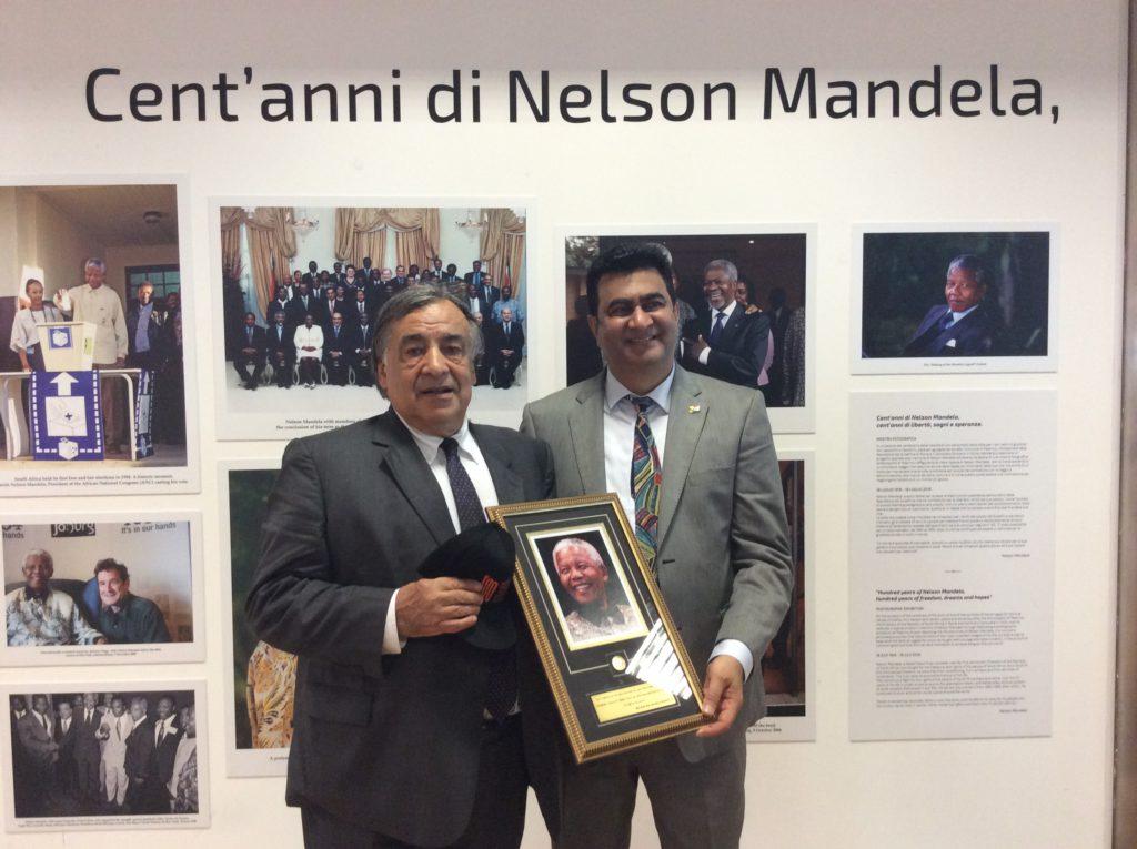 Inaugurata mostra su Nelson Mandela