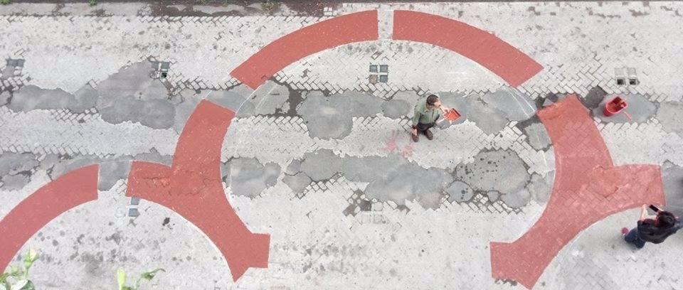 """WonderTime arriva a Catania dal 7 settembre al 7 ottobre. La rassegna internazionale di arte diffusa, ideata dall'artista e imprenditrice catanese Rossella Pezzino de Geronimo, si prepara a sorprendere il suo pubblico e a travolgerlo con la forza delle emozioni generate dall'arte. Il 16 e il 17 settembre, intanto, andranno in scena i monologhi di Nuccio Mula, tratti da """"Nel vortice del caos"""". WonderTime, gli obiettivi WonderTime prepara esperienze uniche di grande condivisione con la città, grazie anche al coinvolgimento di un nuovo comitato promotore composto da artisti, musicisti, associazioni, galleristi, scrittori, sceneggiatori e illustratori che, per un mese, semineranno"""