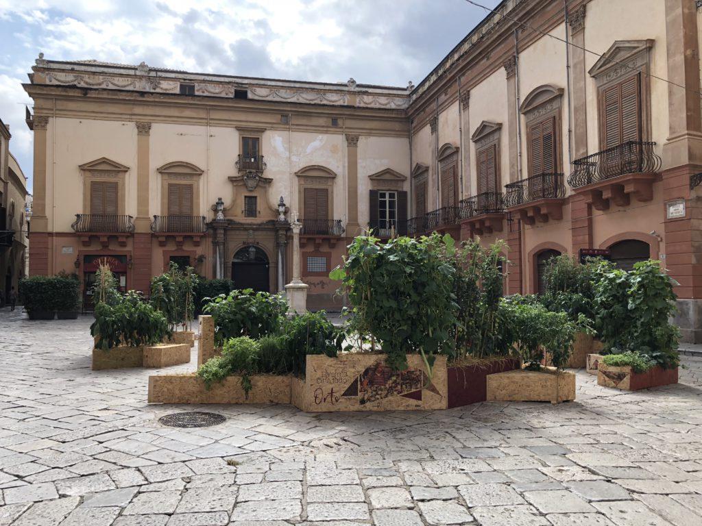 Piazza Croce dei Vespri