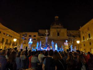 Palermo raccontata da artisti palermitani: la magia de La Città di Carta
