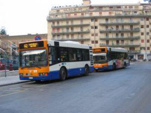 Accordo Amt-UnCt: abbonamenti gratuiti per i bus urbani agli studenti