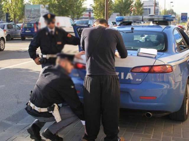 Parcheggiatori abusivi Palermo