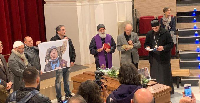 Cerimonia funebre per Aldo