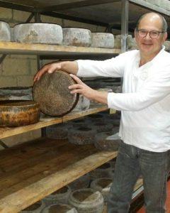Salvare la Tuma Persa, in pericolo la produzione di un formaggio unico
