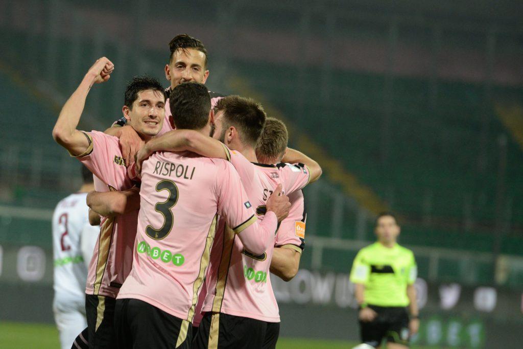 Palermo La Salernitana Non Perdona Arriva La Prima Sconfitta Dell Era Stellone Rosa Battuti 1 2