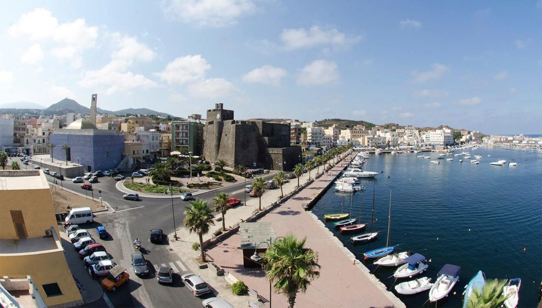 Pantelleria isola pioniera per la transizione verso l'energia pulita