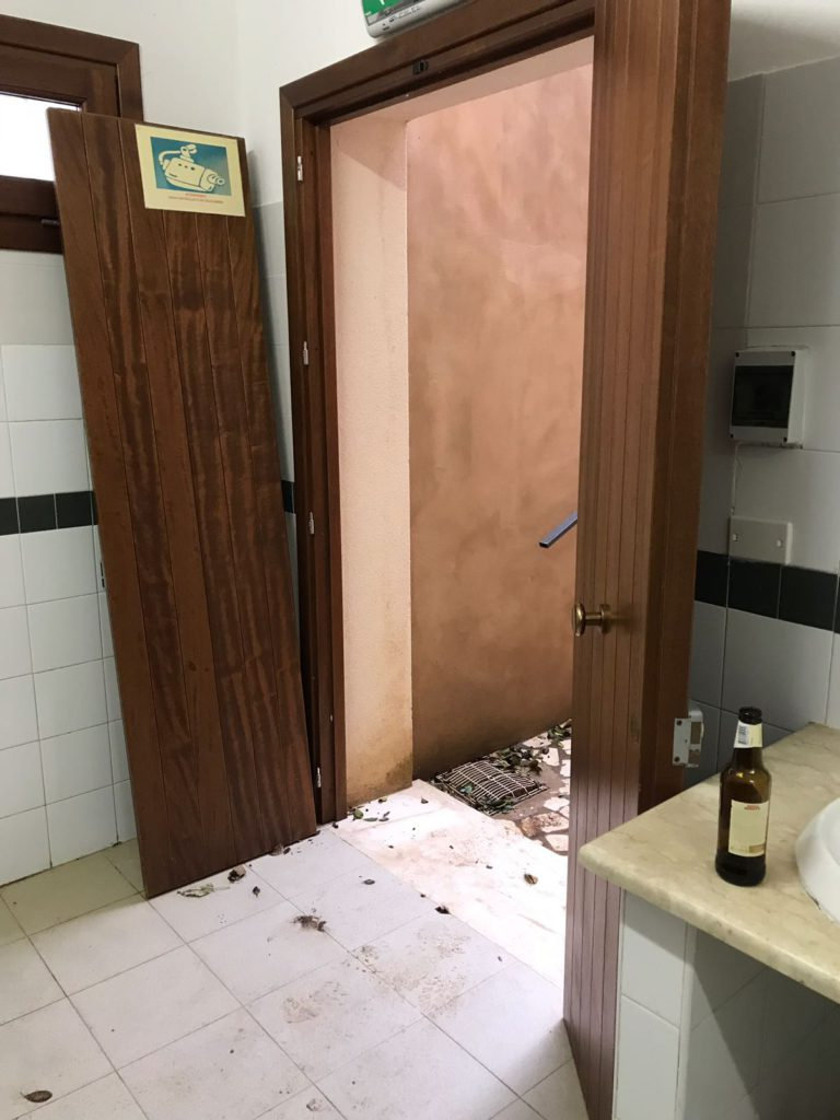Villa comunale danneggiata