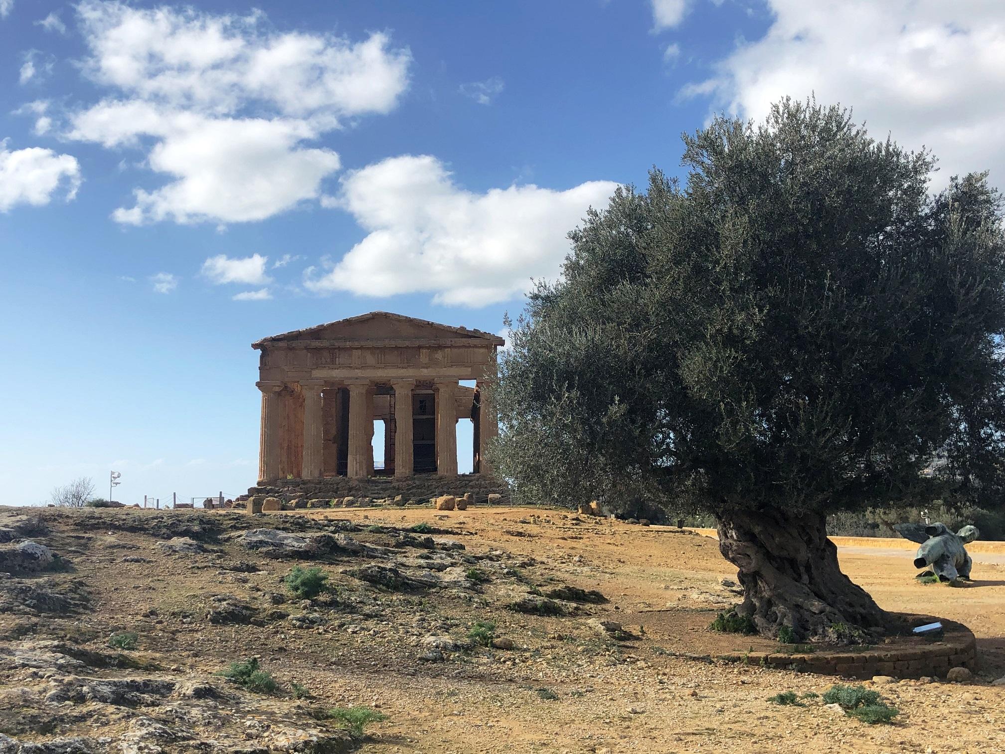 Valle dei Templi Agrigento aperta a Pasqua: sito più visitato in Sicilia