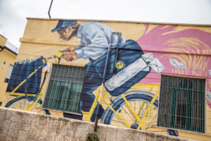 Poste Italiane: un murale per l'ufficio postale di Calitri